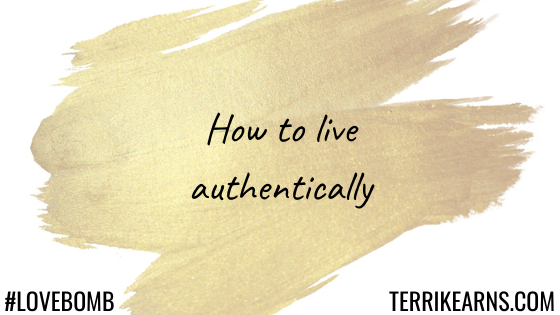 how to live authentically blog post